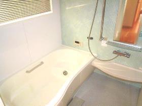 大鋸戸建の風呂