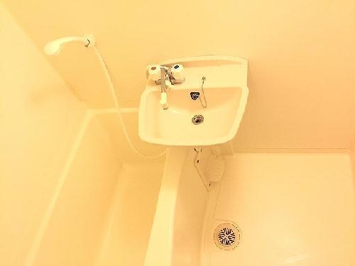 レオパレスコンフォールK 104号室の風呂