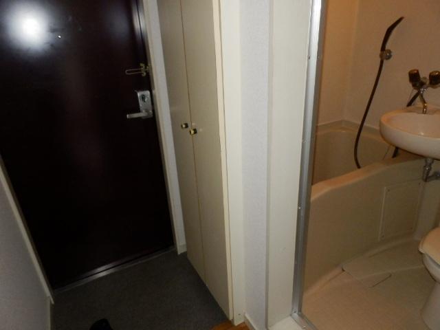オークパレス 206号室の風呂