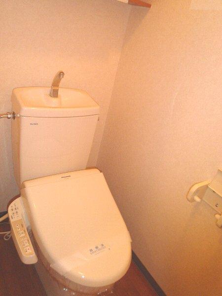 レジデンスSAKURA 101号室のトイレ