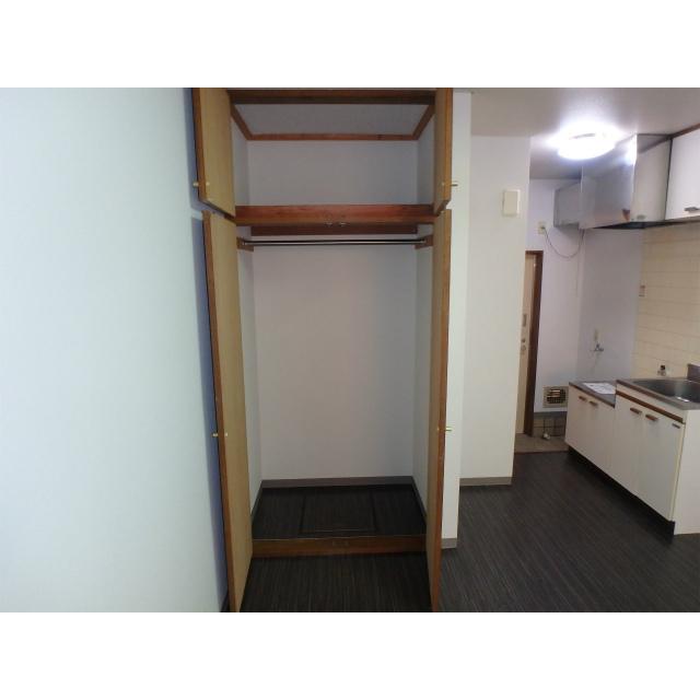 スペース桜ヶ丘 105号室の収納