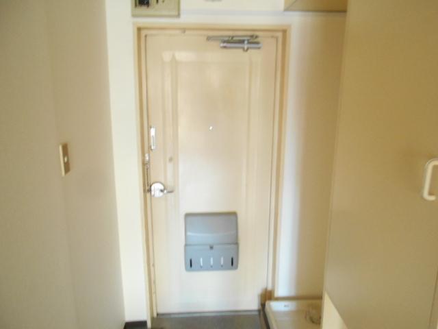 厚木ユースハイム 101号室の玄関