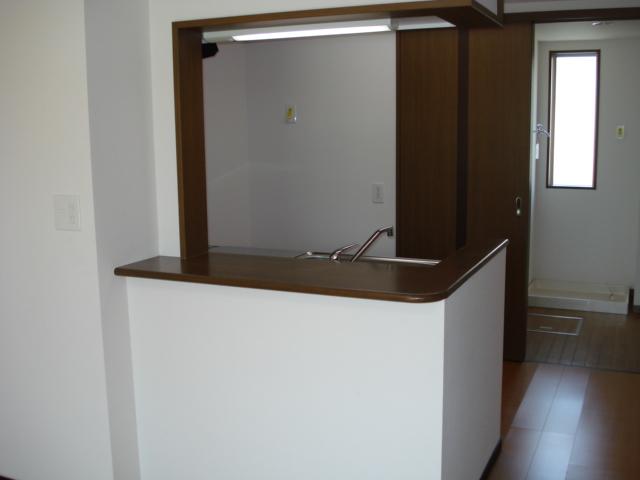 プルミエール湘南 203号室のキッチン