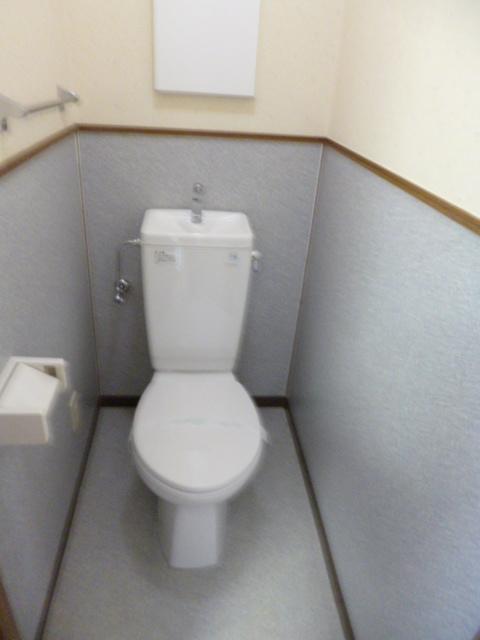 サングレースⅢ 102号室のトイレ