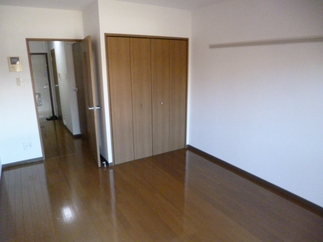 サングレースⅢ 102号室のベッドルーム