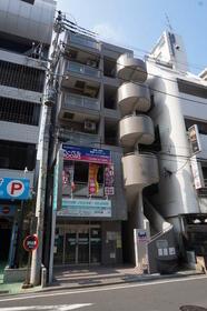 門倉第2湘南台ビルの外観