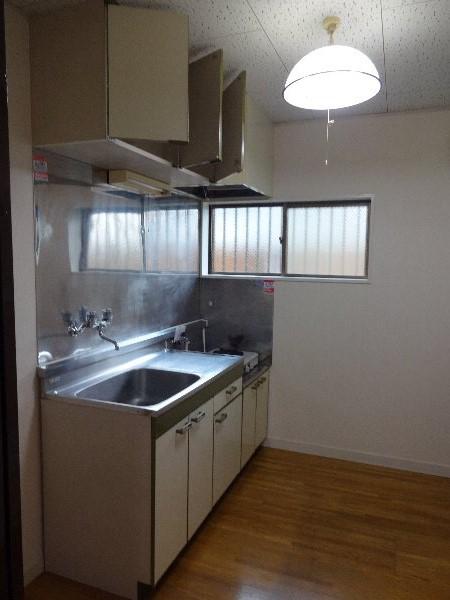 エスプリード・スガノ 202号室のキッチン