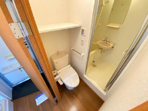 レオパレスパークサイド 207号室のトイレ