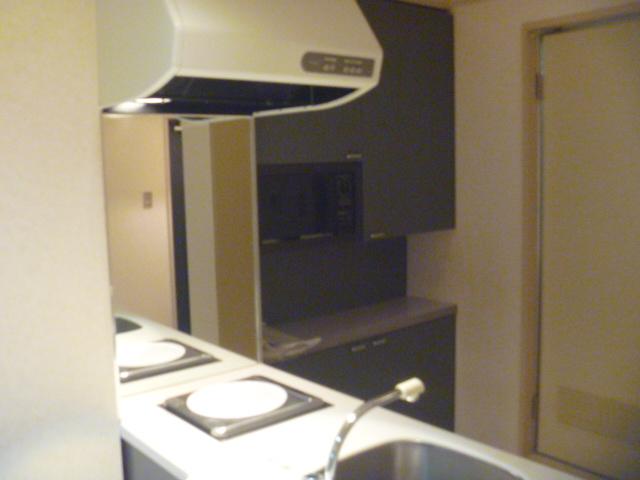 サンピア平塚 206号室のキッチン
