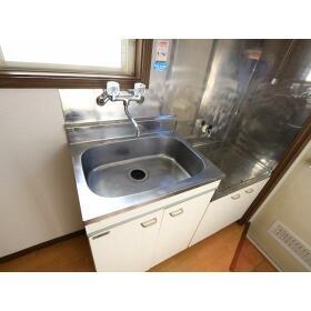 青山ホーム 203号室のキッチン