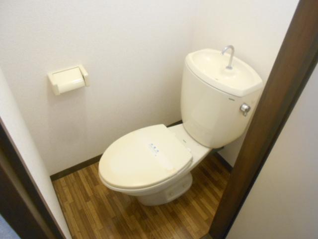 第2ニューリース神崎 103号室のトイレ