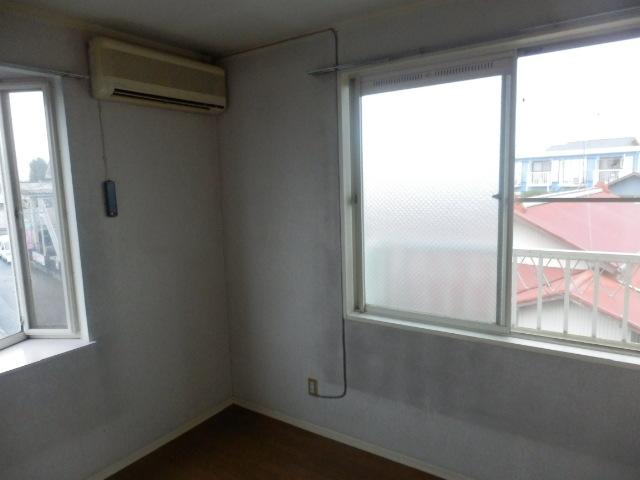 フレグランセA 201号室のベッドルーム