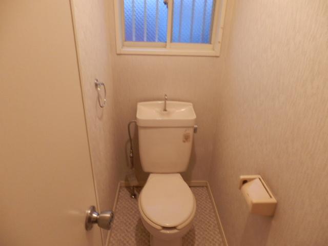 フレグランセA 201号室のトイレ