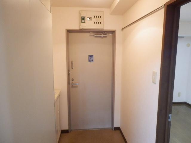 パルハウス萩原 202号室の玄関