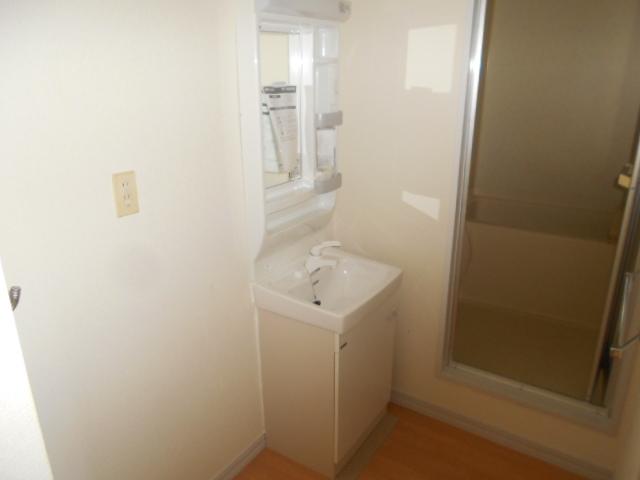 グリーンコーポ 202号室の洗面所