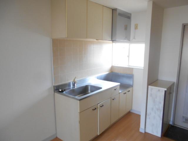グリーンコーポ 202号室のキッチン