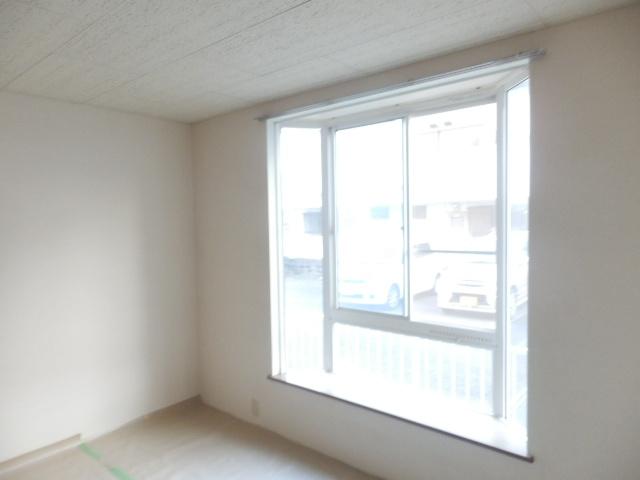 第2ニューリース神崎 105号室の収納