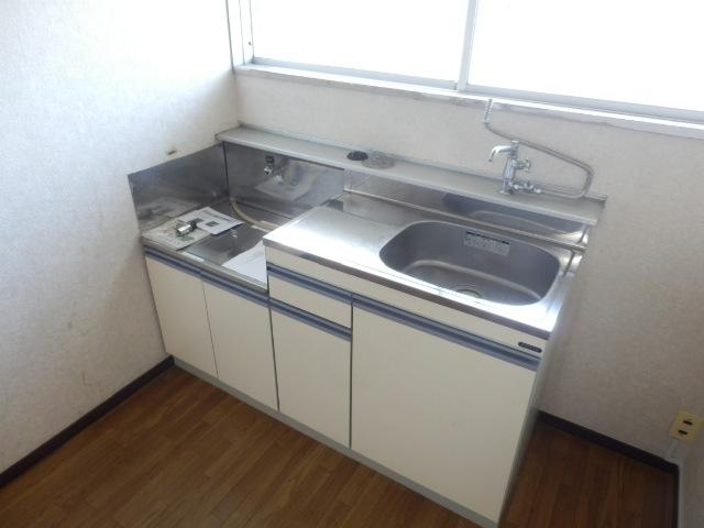 志田ハイツ 203号室のキッチン