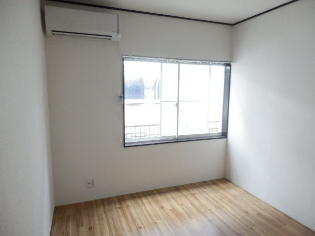 エディフィシオ本厚木 102号室のベッドルーム