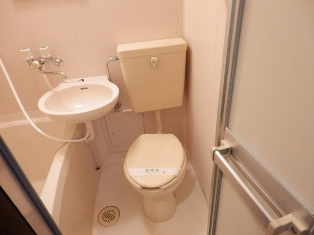 エディフィシオ本厚木 102号室のトイレ