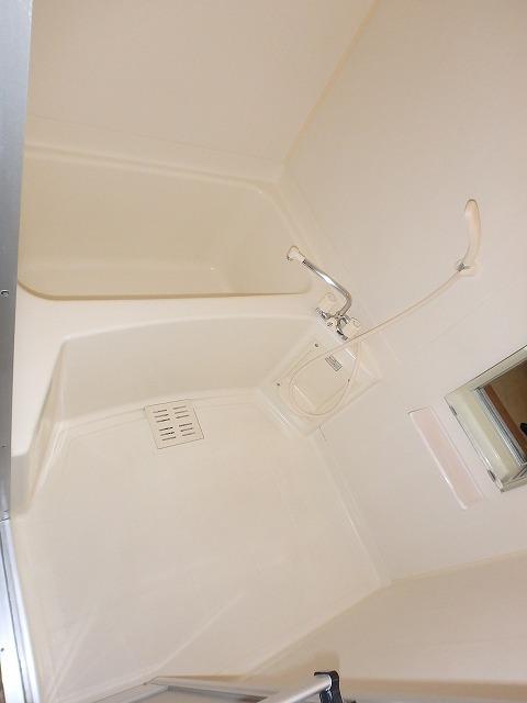 グランドパレス 01020号室の駐車場