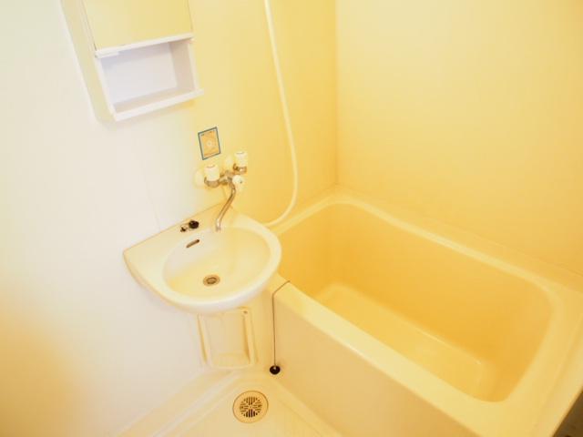 近長ビル 402号室の風呂