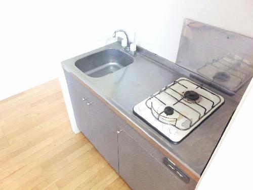 レオパレスドミールI 101号室のキッチン