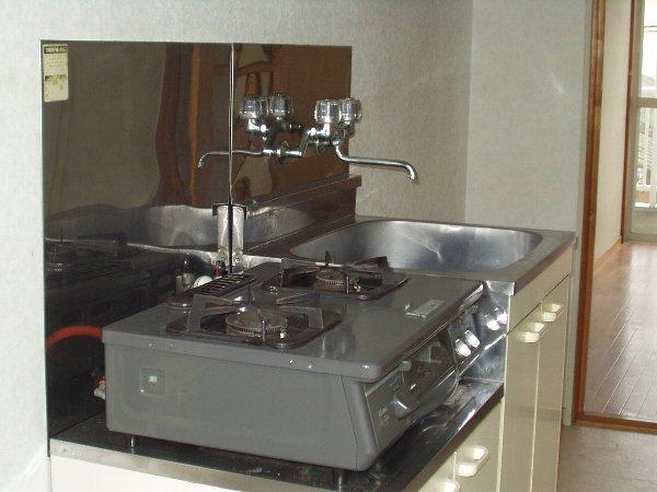はじめサンハイツ 103号室のキッチン