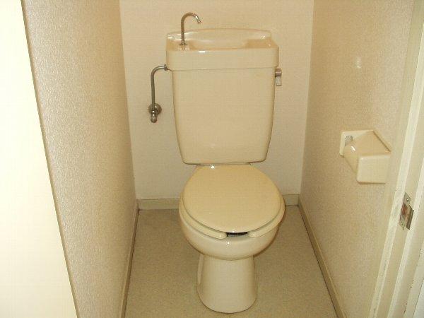 はじめサンハイツ 103号室のトイレ
