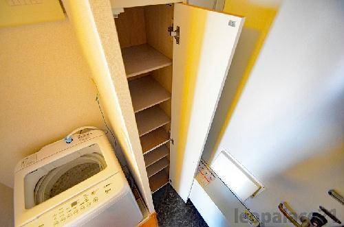 レオパレスREFINED 103号室の洗面所