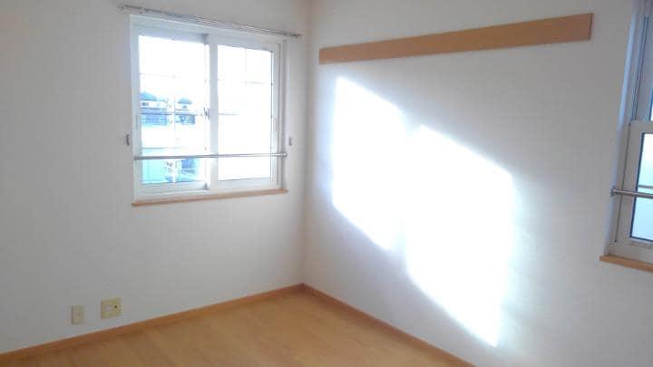 プリメール 02010号室の居室