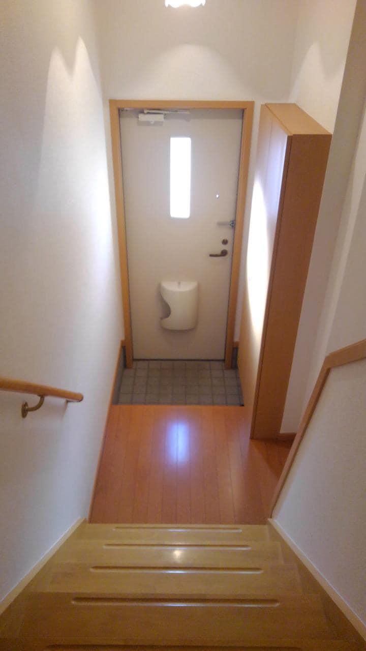 プリメール 02010号室の玄関
