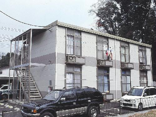 レオパレスウィスタリア外観写真