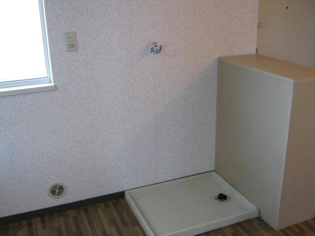 第2ニューリース神崎 201号室のキッチン