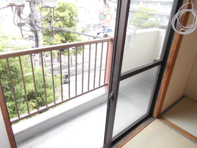 齋藤ビル 301号室のバルコニー