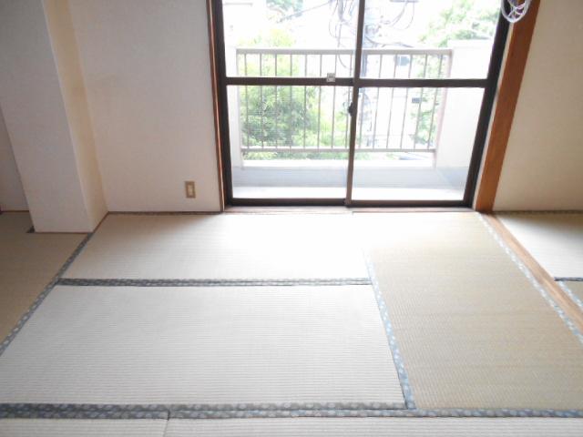 齋藤ビル 301号室のベッドルーム