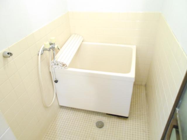 齋藤ビル 301号室の風呂