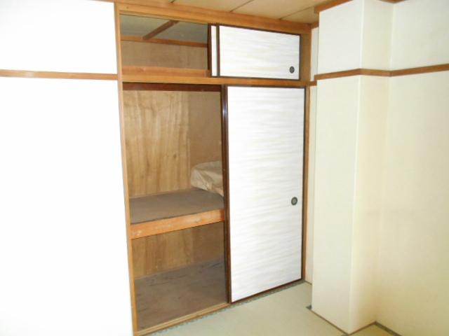 齋藤ビル 301号室の収納