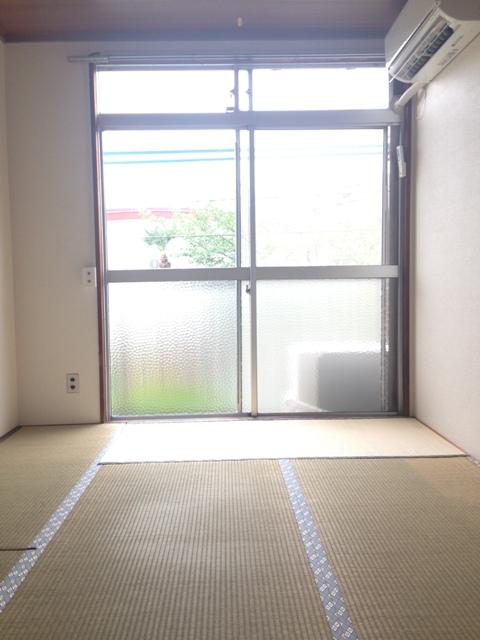 中山グリーンハイツ A-21号室のリビング