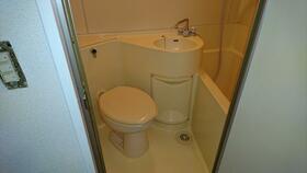 カーサ西川口 101号室のトイレ