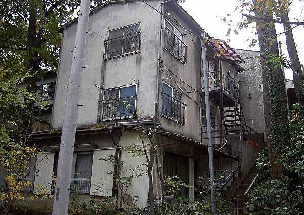 吉田荘の外観