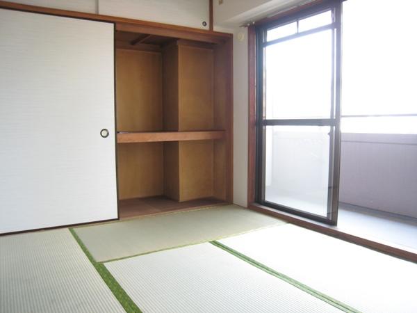 HIROITO BLDG. 403号室のリビング