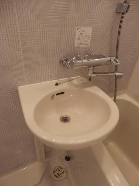 スペーシア川崎Ⅲ 411号室のトイレ