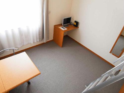 レオパレスASAHI 303号室のリビング
