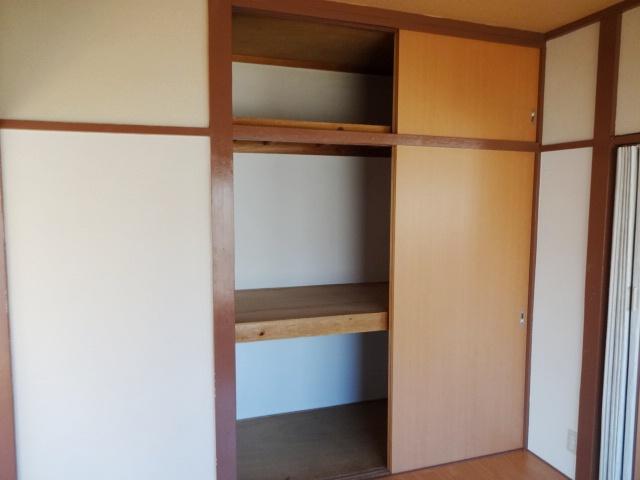 岩沢荘 203号室の収納