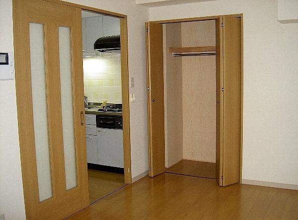 ジェイ・ジルーC 102号室のキッチン