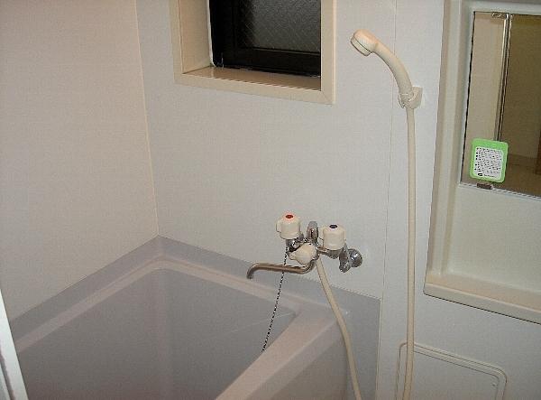 ジェイ・ジルーC 102号室の風呂