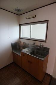 菊地ビル 303号室のキッチン