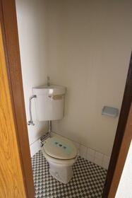 菊地ビル 303号室のトイレ