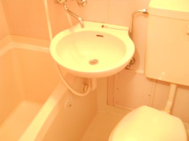 サンライズベル 305号室の風呂